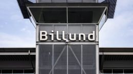 Pressemeddelelse Sidste maaned med sommerflyvninger slutter ogsaa med vaekst i Billund Lufthavn e1573299440512