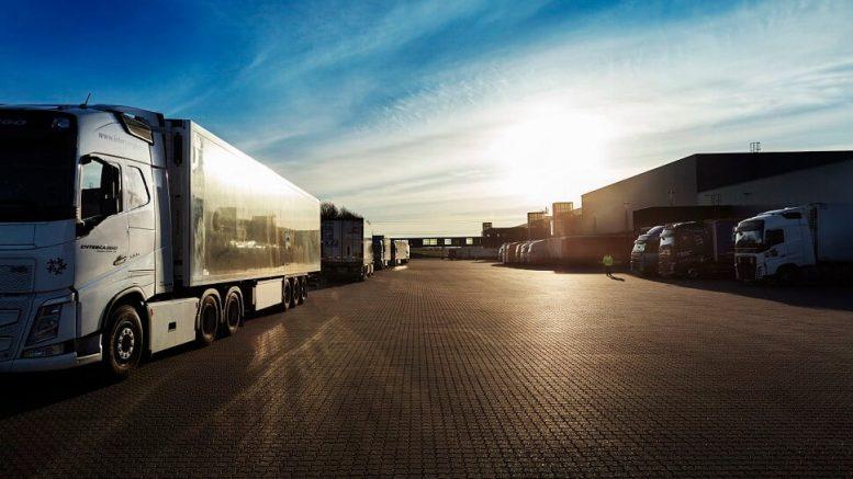 PRESSEMEDDELELSE Salling Group goer sin transport mere klimavenlig og sparer de danske veje for 40000 lastbilsleverancer paa et aar